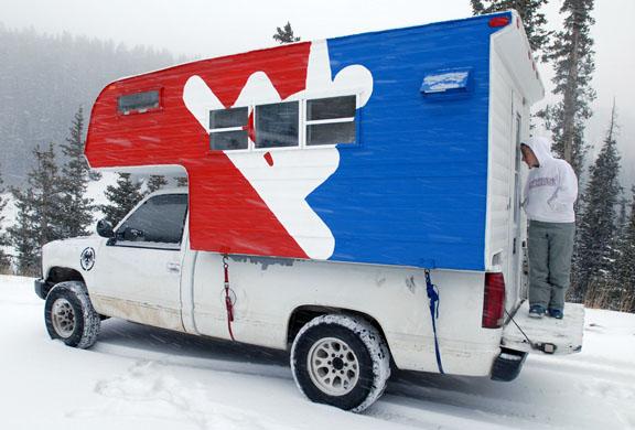 20081128_snowboard_camper_loveland_pass_winter